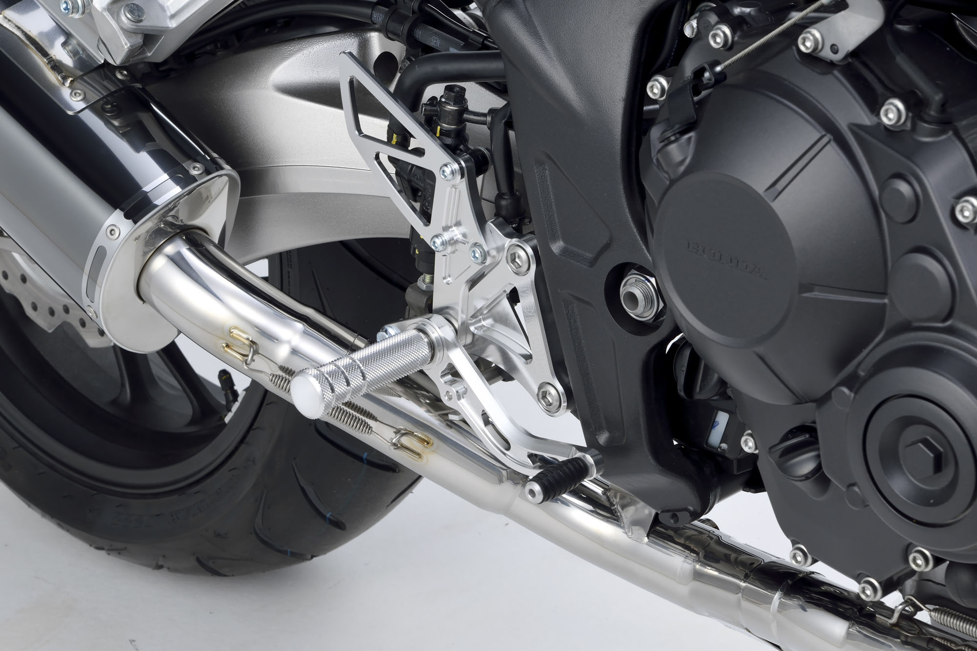 CBR650F、CB650F 14- BACK STEP KIT